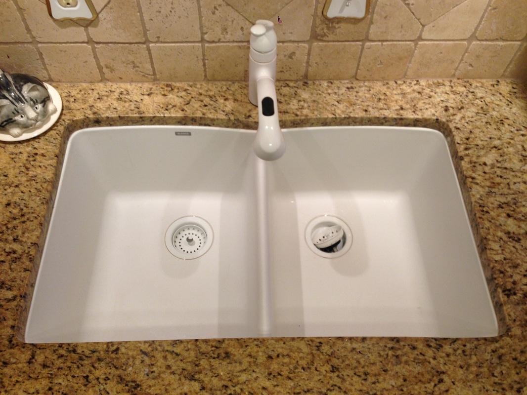 Kitchen sinks granite composite 50 50 white